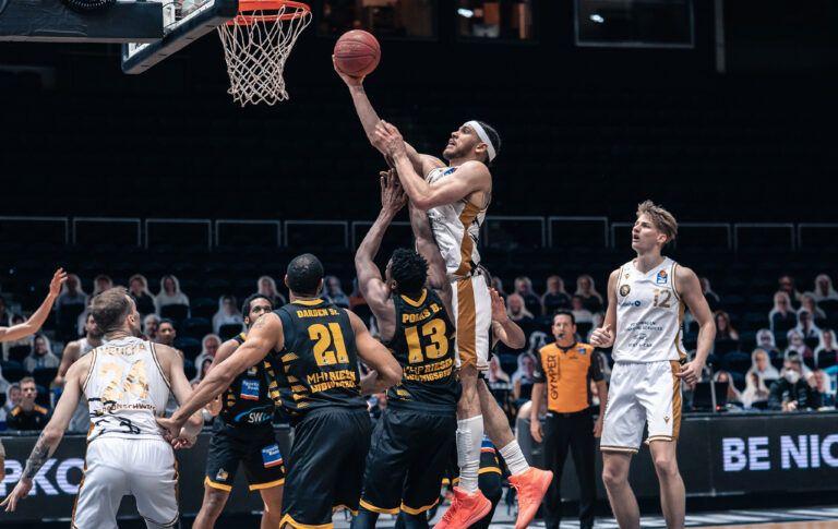 Müde Löwen klar gegen Tabellenersten Ludwigsburg unterlegen