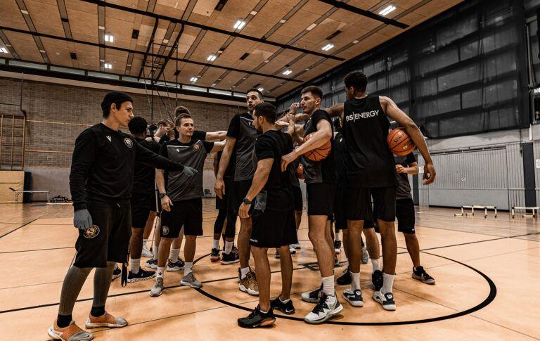 Infos rund um die Vorbereitungs-Turniere in Rostock und Nürnberg